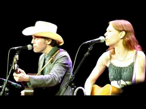 Gillian Welch - Down along the Dixie line @ Cirkus, Stockholm, Sweden, 2011-11-02