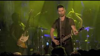 Maroon 5 The Sun (Live)
