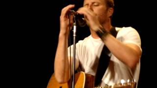 Dierks Intros and Sings I'm A Riser