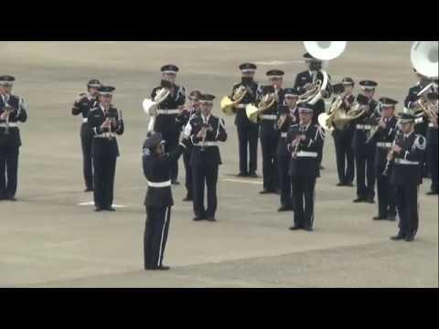 防衛省・自衛隊60周年記念航空観閲式