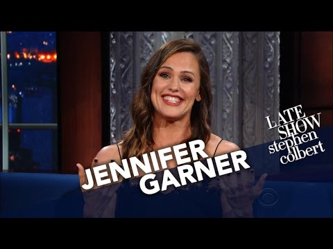 Jennifer Garner Uses Her Endorsing Skills For 'The Late Show'