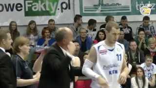 preview picture of video 'Skrót meczu Polfarmex Kutno - Stelmet Zielona Góra - 04.04.2015'