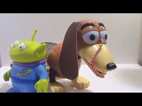 A video review of the Toy Story Collection; Slinky dog