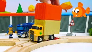 Brio Toys demo - SURPRISE TRUCK! - Learning videos for kids - Fruit and Vegetables Truck