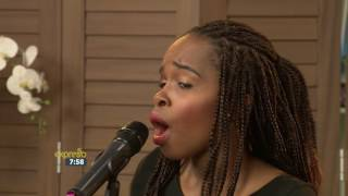 "Khonaye performs ""Wenyuk'umbombela"" LIVE!"