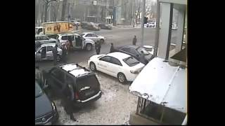 Авария в Алматы 15 02 2014 Пострадало в аварии 5 машин Все живы