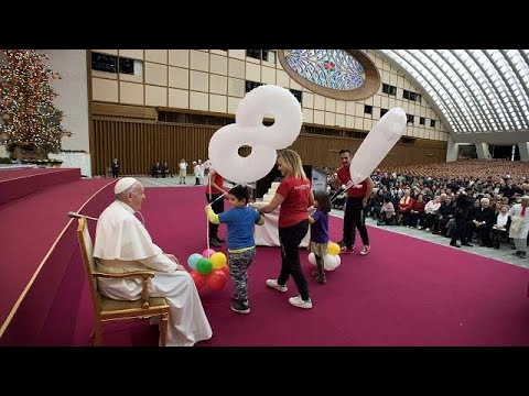 """Pope Francis uses 81st birthday to flag upcoming attack on """"fake news"""""""