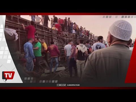 جهود من الأهالي لانتشال الضحايا من تحت عربات قطار طوخ