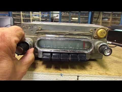 1960 Ford AM Push Button Radio Mp3