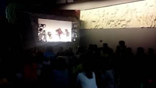Ο Καραγκιόζης Αστρονόμος - Το θέατρο σκιών στο αεροδρόμιο!