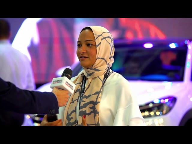 كوثر أبو الفتوح مديرة العلامة التجارية لهيونداى مصر تستعرض أحدث سيارات الشركة بمعرض أوتوماك فورميلا ٢٠١٨