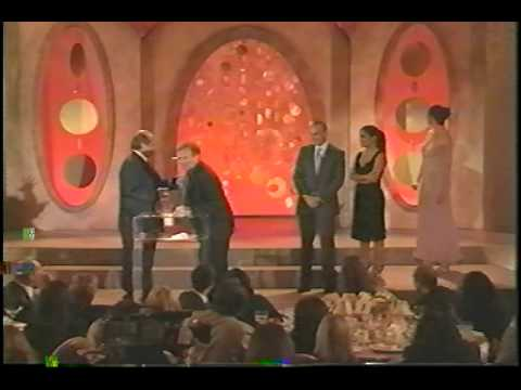 Jack Nicholson was SO baked at the Critics Choice Awards he asked Robin Williams to deliver his acceptance speech! Hilarity ensues...