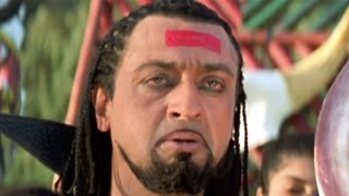 Bollywood Movies Scene – Gulshan Grover Attacks Javed