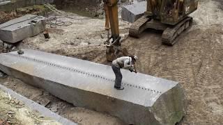 Смотреть онлайн Как разломать на 2 части большой бетонный столб
