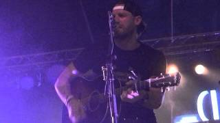 "Chase Rice 5/28/14 Wichita KS ""Look At My Truck"" Acoustic"