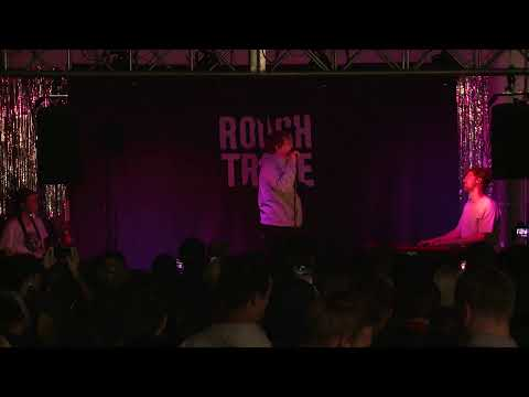 Lewis Capaldi – Live Performance