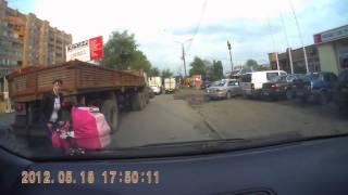Беспечные мамаши с детскими колясками / Dash Cam Compilation / Car crash compilation