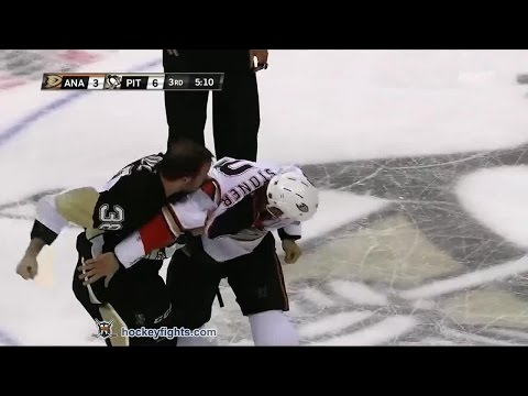 Clayton Stoner vs Zach Sill