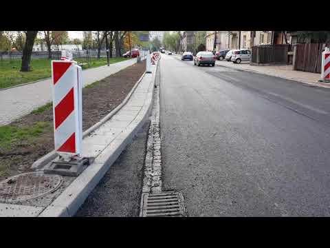 """Курица на птица...."" ремонт дороги, Краков Польша"