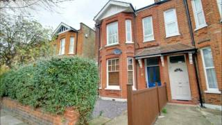 preview picture of video 'Haydon Park Road, Wimbledon, London, SW19.'