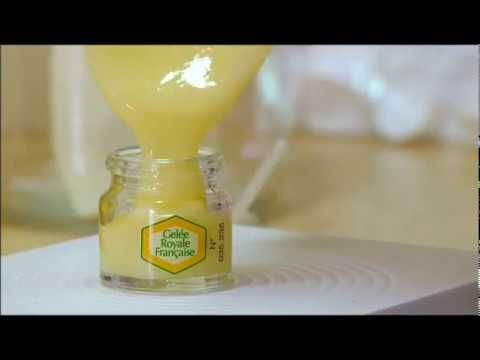 secrets de la ruche - extrait sur la gelée royale - france 5