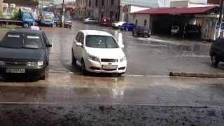Первый дождь с градом в этом году