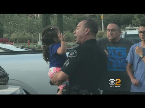 Alert Mother Get's Police To Rescue Another Woman's Child From Hot Car