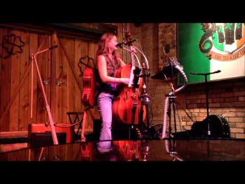 Hilary Murray - Ramble On (Led Zeppelin Cover) - Piper Down Pub - October 8, 2013