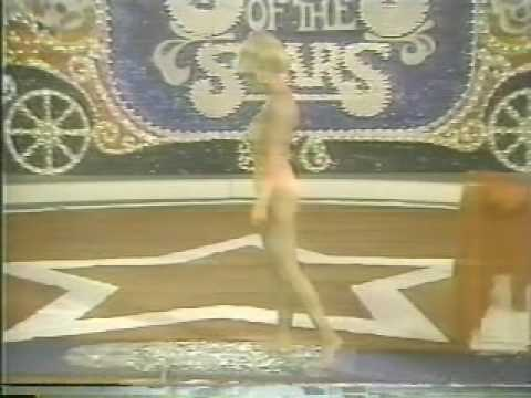 Criticising Loni anderson toes final