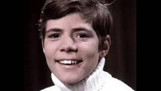Child Singing Star Heintje Simons, Age 12, Sings 'Mama'       1967