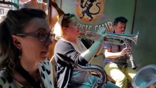The Shotgun Jazz Band - All the Girls Go Crazy