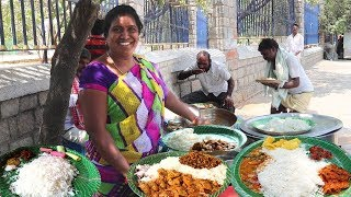 Happy to Serve You | Famous Aunty Roadside Unlimited Meals | Indian Street Food