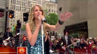 TAYLOR SWIFT RED MEAN FANS GO CRAZY !We Are Never Ever Getting Back Together Music Video Lyrics