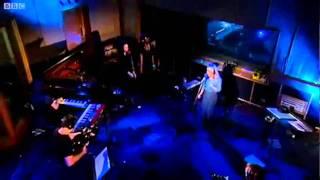 Kylie Minogue - Get Outta My Way (BBC Radio1 Live Lounge)