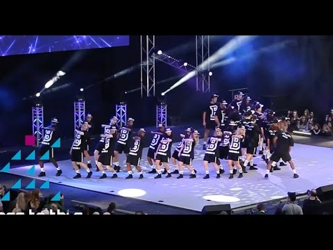 Bird College / Simeon Qsyea – Hip Hop Dance Performance at Move It 2015