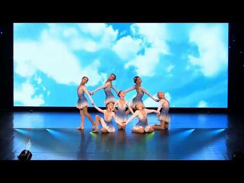 Образцовый спортивно-хореографический ансамбль «Грация»,