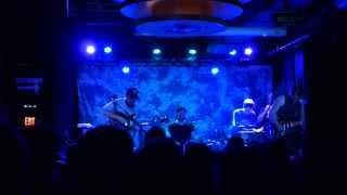 Bear's Den - The Love We Stole (live)