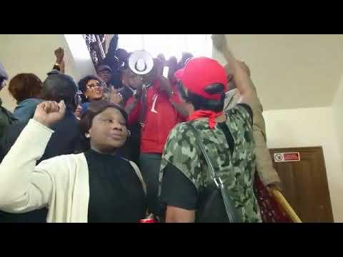 Manifestation de l'opposition au consulat contre Macky Sall