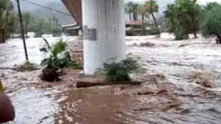 preview picture of video 'Mulege, México, Tropical Storm Julio'
