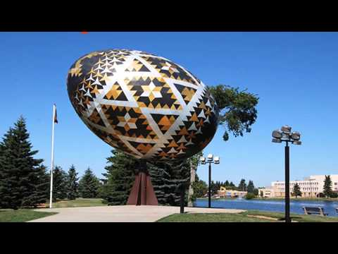 Video 25 Roadside Attractions That Are So Big You'll Want To Go On A Road Trip To See Them