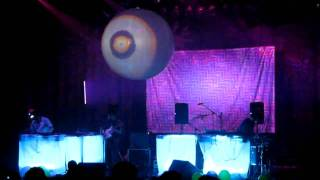 Animal Collective - Lion In A Coma Live @ The Wiltern 5/29/09 in HD
