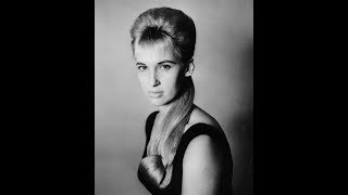 Tammy Wynette -  Don't Touch Me (1967)