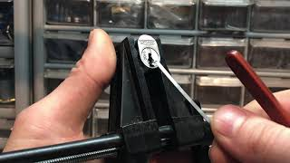 Picking open a Chicago filing cabinet lock for #stocklocksunday (173)