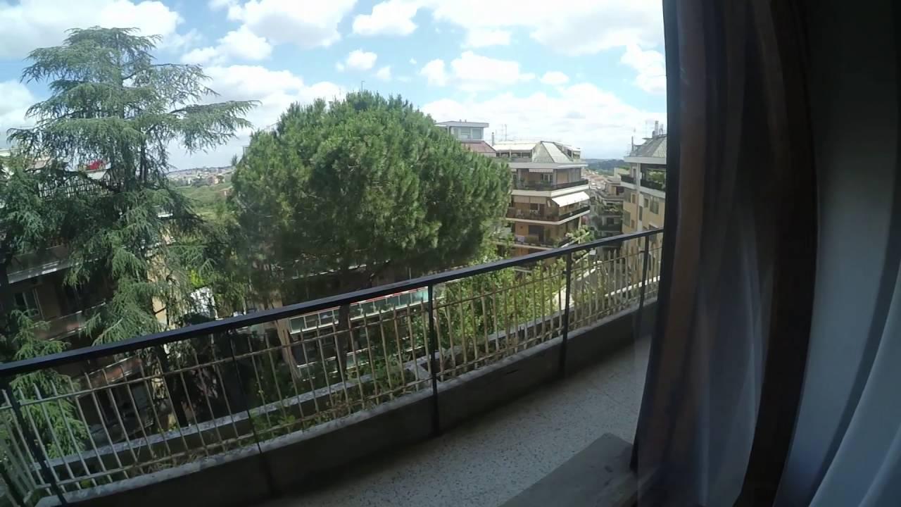 Rooms for rent in a 3-bedroom apartment in Aurelio