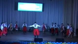 Украинцы Курской области танцуют украинский танец