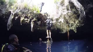 preview picture of video 'SALIDA CAVERNA DEL INFIERNO BOLONDRON MATANZAS CUBA 30.11.14'