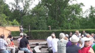 preview picture of video 'PQT2012_Burg Kreuzenstein (2D)'