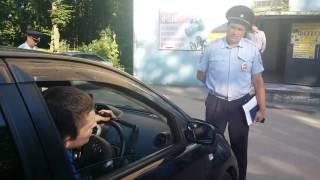 Подполковник задерживает депутата Чебоксарского горсобрания