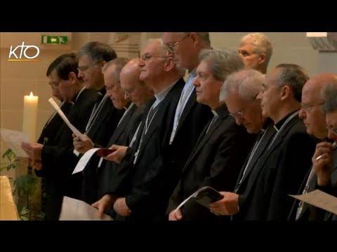 La prière au coeur de l'assemblée plénière de la CEF