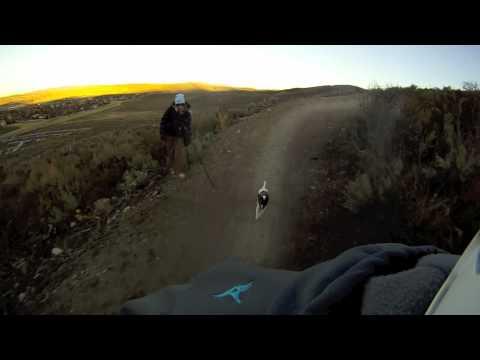 לילי - הכלבה והאופניים!